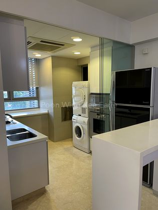 Air-condition Kitchen with sliding Glass door
