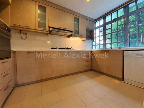 kitchen photo for illustrations only - please contact me at 9231 6455
