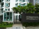 Fifty-two Stevens Fifty-two Stevens - Entrance