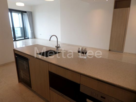Dry kitchen fitted with microwave, oven and dishwasher
